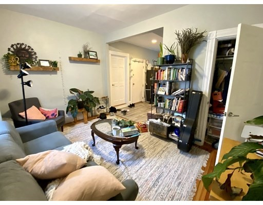 3 Oswald Street, Boston, Massachusetts, MA 02120, 4 Bedrooms Bedrooms, 7 Rooms Rooms,Rental,For Rent,4859856