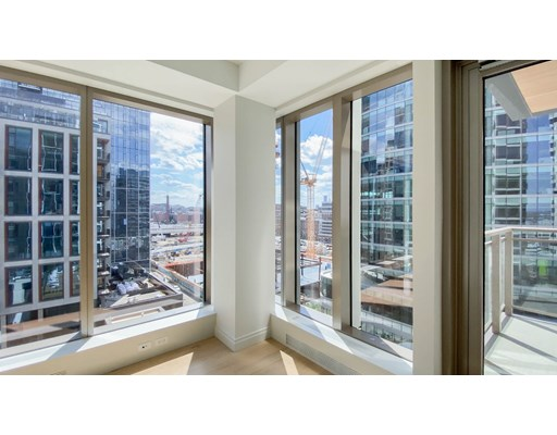 133 Seaport Blvd #1005 Floor 10