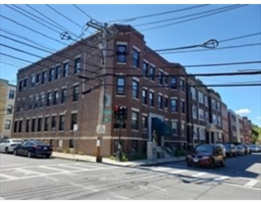 Property for sale at 316 Summit Ave - Unit: 9, Boston,  Massachusetts 02135