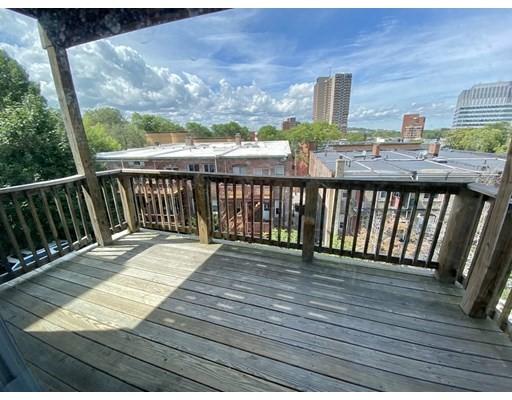 33 Calumet Street, Boston, Massachusetts, MA 02120, 4 Bedrooms Bedrooms, 6 Rooms Rooms,Rental,For Rent,4862330