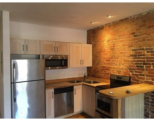 206 Northampton St, Boston, Massachusetts, MA 02118, 2 Bedrooms Bedrooms, 5 Rooms Rooms,Rental,For Rent,4868415