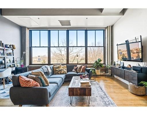 156 Porter St, Boston, Massachusetts, MA 02128, 1 Bedroom Bedrooms, 2 Rooms Rooms,Rental,For Rent,4876711