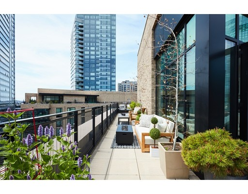 580 Washington Street #PH02 Floor 16