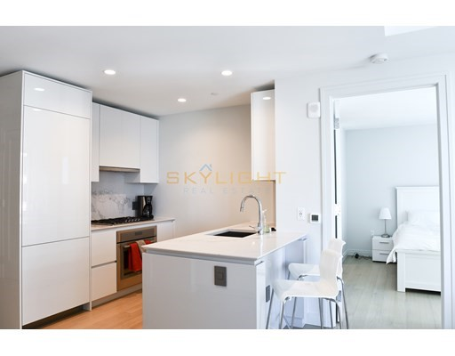135 Seaport Blvd #1201