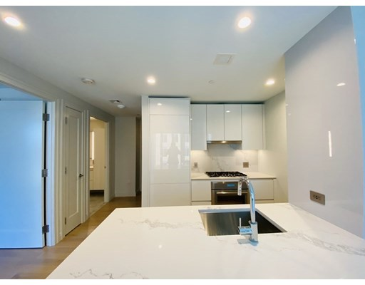 135 Seaport Blvd #716 Floor 7