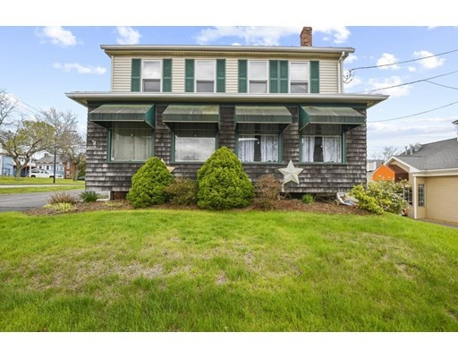 1077 Main Street, Leicester, Massachusetts, MA 01524, 5 Bedrooms Bedrooms, 12 Rooms Rooms,3 BathroomsBathrooms,Multi-family,For Sale,4899254