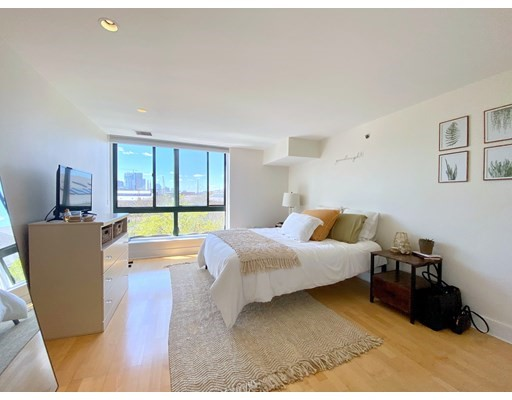 42 Eighth Street #1522 Floor 5