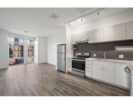 839 Beacon Street #302 Floor 3