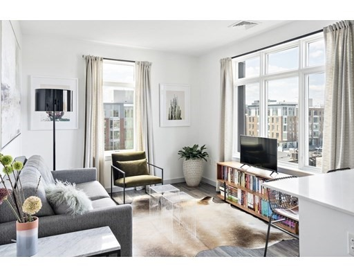 180 Telford Street #502 Floor 5