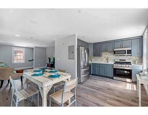 65 Federal St, Salem, Massachusetts, MA 01970, 2 Bedrooms Bedrooms, 5 Rooms Rooms,Condos,For Sale,4913015