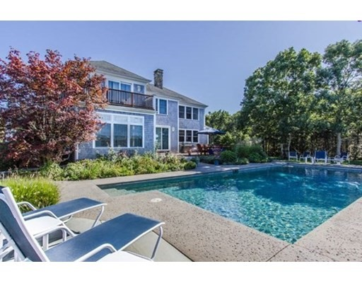 Click for 99 Pond Road    WT104, West Tisbury, MA slideshow