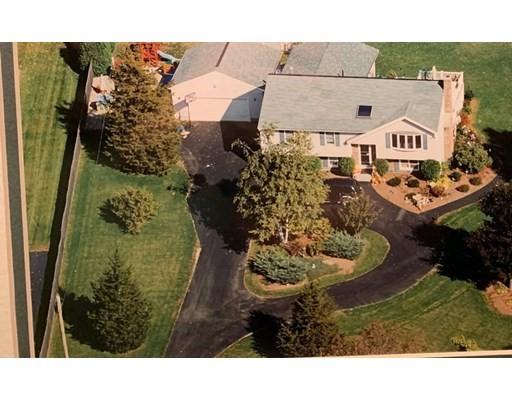 224 Main St, Grafton, Massachusetts, MA 01560, 3 Bedrooms Bedrooms, 8 Rooms Rooms,3 BathroomsBathrooms,Single Family,For Sale,4924578