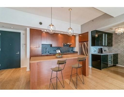Click for 141 Dorchester Avenue #804, Boston, MA slideshow