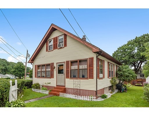 17 Pond Street, Gardner, Massachusetts, MA 01440, 4 Bedrooms Bedrooms, 7 Rooms Rooms,1 BathroomBathrooms,Single Family,For Sale,4924540