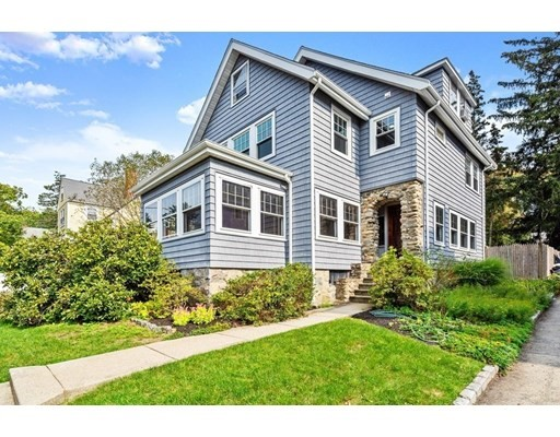 10 Landseer St, Boston, Massachusetts, MA 02132, 6 Bedrooms Bedrooms, 9 Rooms Rooms,1 BathroomBathrooms,Single Family,For Sale,4936007