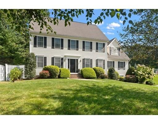 2 Hemlock Lane, Groveland, Massachusetts, MA 01834, 4 Bedrooms Bedrooms, 8 Rooms Rooms,2 BathroomsBathrooms,Single Family,For Sale,4936068