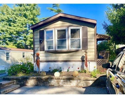 124 Pine Ave, Sturbridge, Massachusetts, MA 01566, 2 Bedrooms Bedrooms, 4 Rooms Rooms,Mobile Home,For Sale,4942946