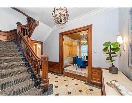 129 Pinckney St, Boston, Massachusetts, MA 02114, 5 Bedrooms Bedrooms, 10 Rooms Rooms,3 BathroomsBathrooms,Multi-family,For Sale,4946466