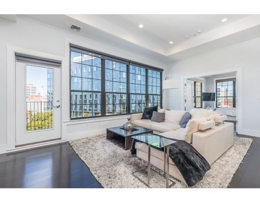 141 West Second St, Boston, Massachusetts, MA 02127, 2 Bedrooms Bedrooms, 4 Rooms Rooms,Condos,For Sale,4948749