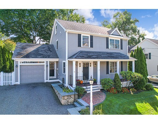 42 Holland St, Winchester, Massachusetts, MA 01890, 4 Bedrooms Bedrooms, 8 Rooms Rooms,2 BathroomsBathrooms,Single Family,For Sale,4949011