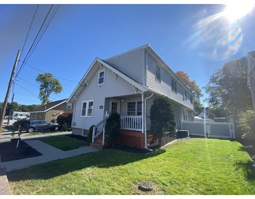 22 Farrington Ave, Saugus, Massachusetts, MA 01906, 5 Bedrooms Bedrooms, 11 Rooms Rooms,2 BathroomsBathrooms,Multi-family,For Sale,4949033