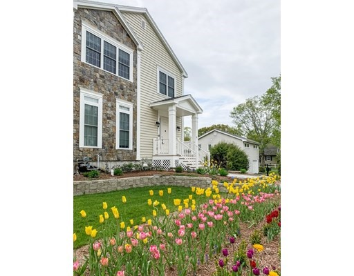 6 Clifford St, Wellesley, Massachusetts, MA 02482, 5 Bedrooms Bedrooms, 13 Rooms Rooms,6 BathroomsBathrooms,Single Family,For Sale,4949250