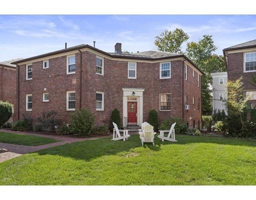 5 Garden Ct, Cambridge, Massachusetts, MA 02140, 2 Bedrooms Bedrooms, 4 Rooms Rooms,Condos,For Sale,4949142