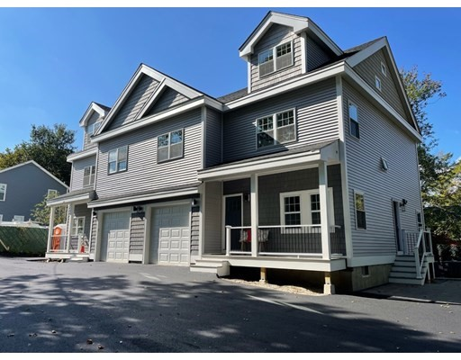 2 KEITH'S LANE, Stoneham, Massachusetts, MA 02180, 2 Bedrooms Bedrooms, 6 Rooms Rooms,Condos,For Sale,4949143