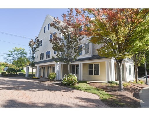400 Cross St, Winchester, Massachusetts, MA 01890, 2 Bedrooms Bedrooms, 5 Rooms Rooms,Condos,For Sale,4949153