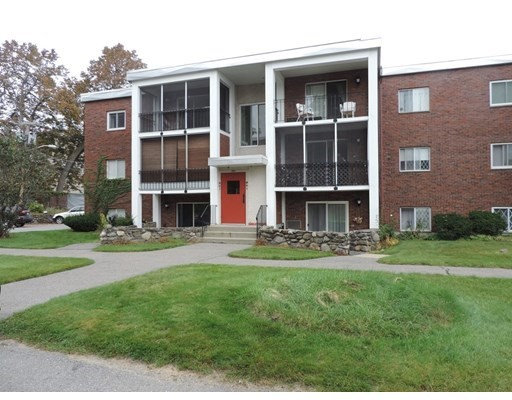 144 West Street, Leominster, Massachusetts, MA 01453, 2 Bedrooms Bedrooms, 4 Rooms Rooms,Condos,For Sale,4949154