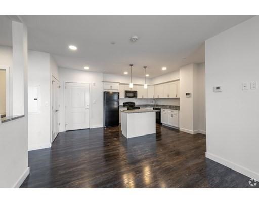 6 Needhams Landing Rd, Lynn, Massachusetts, MA 01905, 2 Bedrooms Bedrooms, 5 Rooms Rooms,Residential Rental,For Rent,4949107