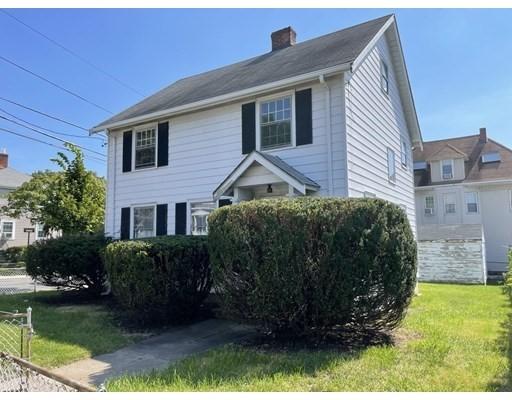 251 Elm St, Everett, Massachusetts, MA 02149, 3 Bedrooms Bedrooms, 6 Rooms Rooms,1 BathroomBathrooms,Single Family,For Sale,4949299