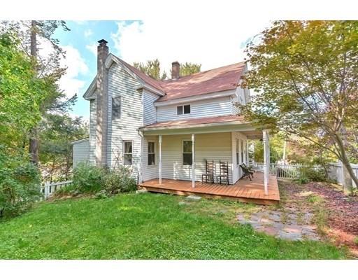 14 Granite St, Leominster, Massachusetts, MA 01453, 3 Bedrooms Bedrooms, 10 Rooms Rooms,2 BathroomsBathrooms,Single Family,For Sale,4949303