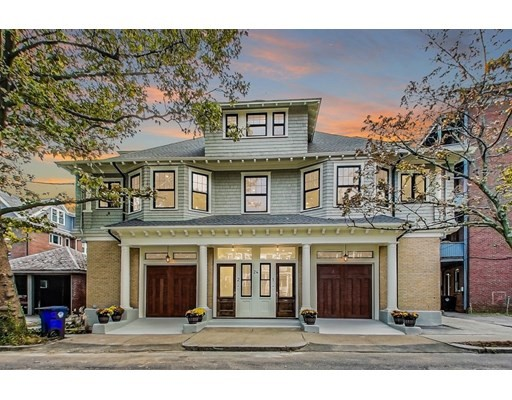 24 Bartlett Cres, Brookline, Massachusetts, MA 02446, 4 Bedrooms Bedrooms, 7 Rooms Rooms,Condos,For Sale,4950236