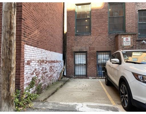 293 Beacon St, Boston, Massachusetts, MA 02116, ,Land,For Sale,4950171