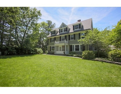 70 Gray Cliff Rd, Newton, Massachusetts, MA 02459, 7 Bedrooms Bedrooms, 12 Rooms Rooms,4 BathroomsBathrooms,Single Family,For Sale,4950538