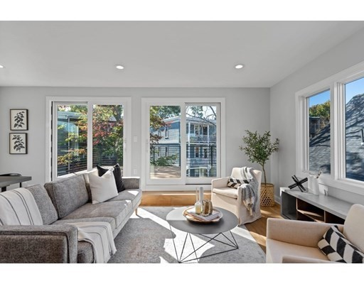 64 Richdale, Cambridge, Massachusetts, MA 02140, 3 Bedrooms Bedrooms, 9 Rooms Rooms,Condos,For Sale,4950309