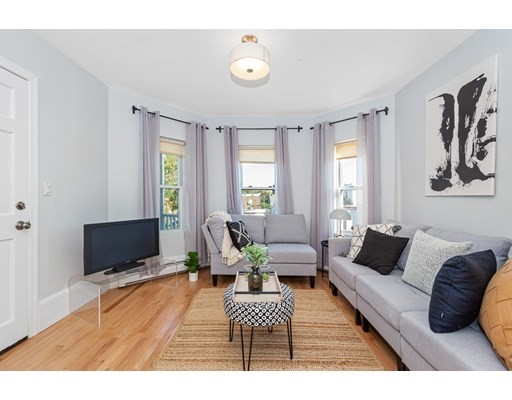 57 Hinckley St, Somerville, Massachusetts, MA 02145, 2 Bedrooms Bedrooms, 5 Rooms Rooms,Condos,For Sale,4950318