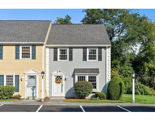 52 Wedgewood, Lawrence, Massachusetts, MA 01843, 2 Bedrooms Bedrooms, 5 Rooms Rooms,Condos,For Sale,4950333