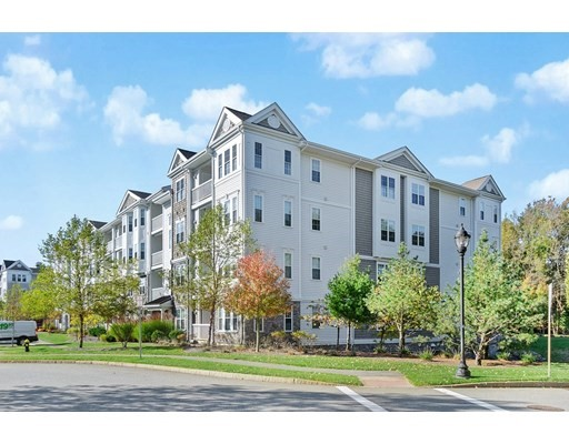7 Augustus Ct, Reading, Massachusetts, MA 01867, 2 Bedrooms Bedrooms, 6 Rooms Rooms,Condos,For Sale,4950336