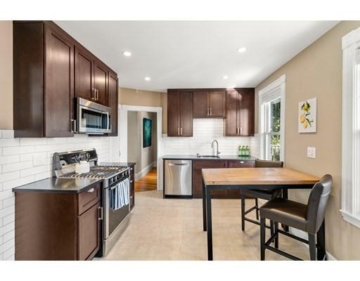 33 Rosemont Street, Boston, Massachusetts, MA 02122, 2 Bedrooms Bedrooms, 6 Rooms Rooms,Condos,For Sale,4950337