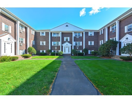 132 Parker St, Acton, Massachusetts, MA 01720, 2 Bedrooms Bedrooms, 4 Rooms Rooms,Condos,For Sale,4950339