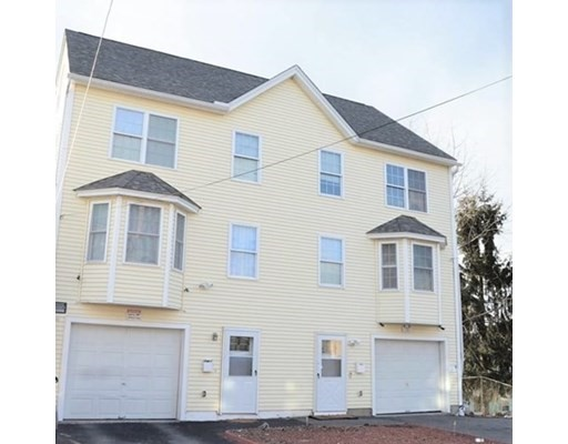 7 Lincoln Ct, Lawrence, Massachusetts, MA 01841, 3 Bedrooms Bedrooms, 5 Rooms Rooms,Condos,For Sale,4950343