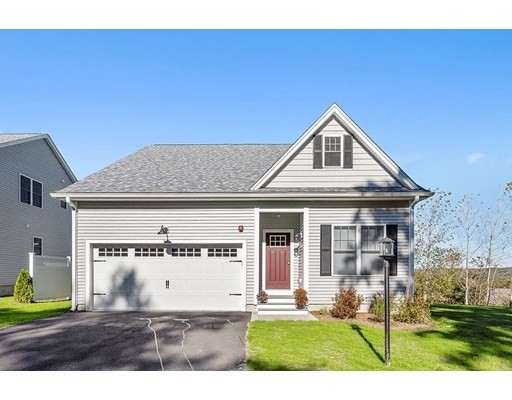 901 Crestwood Lane, Clinton, Massachusetts, MA 01510, 2 Bedrooms Bedrooms, 6 Rooms Rooms,Condos,For Sale,4950658