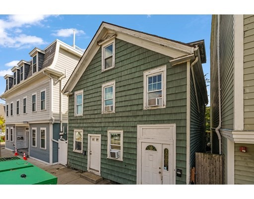 348-350 Dorchester St, Boston, Massachusetts, MA 02127, 5 Bedrooms Bedrooms, 10 Rooms Rooms,2 BathroomsBathrooms,Multi-family,For Sale,4951267