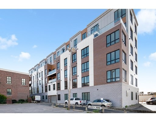 20 West Fifth, Boston, Massachusetts, MA 02127, 2 Bedrooms Bedrooms, 4 Rooms Rooms,Condos,For Sale,4951233