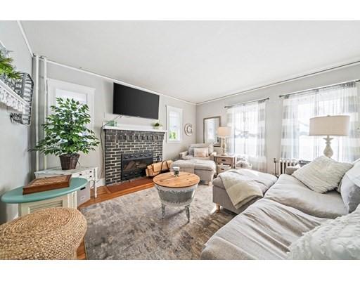 464 Gallivan Blvd, Boston, Massachusetts, MA 02124, 6 Bedrooms Bedrooms, 13 Rooms Rooms,2 BathroomsBathrooms,Multi-family,For Sale,4951269