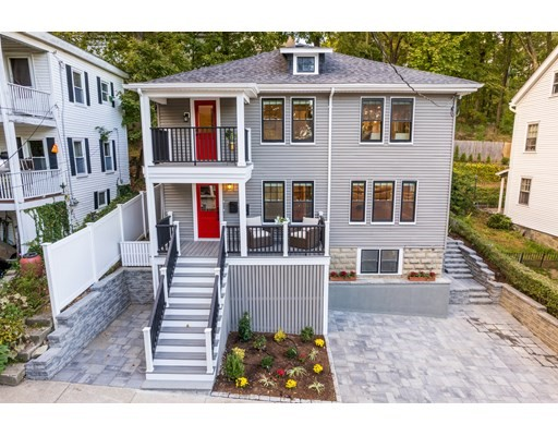 27 Upcrest Rd, Boston, Massachusetts, MA 02135, 3 Bedrooms Bedrooms, 5 Rooms Rooms,Condos,For Sale,4951235
