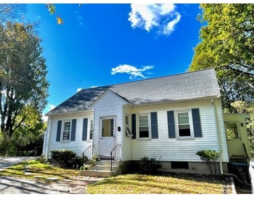 5 Brigham Ct, Natick, Massachusetts, MA 01760, 2 Bedrooms Bedrooms, 6 Rooms Rooms,Residential Rental,For Rent,4951189