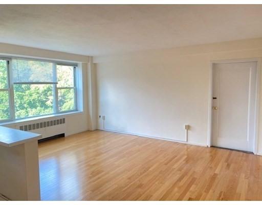 145 Pinckney St., Boston, Massachusetts, MA 02114, 2 Rooms Rooms,Residential Rental,For Rent,4951195